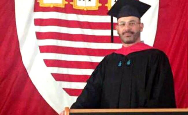 David Razú Aznar, graduado de la Universidad de Harvard