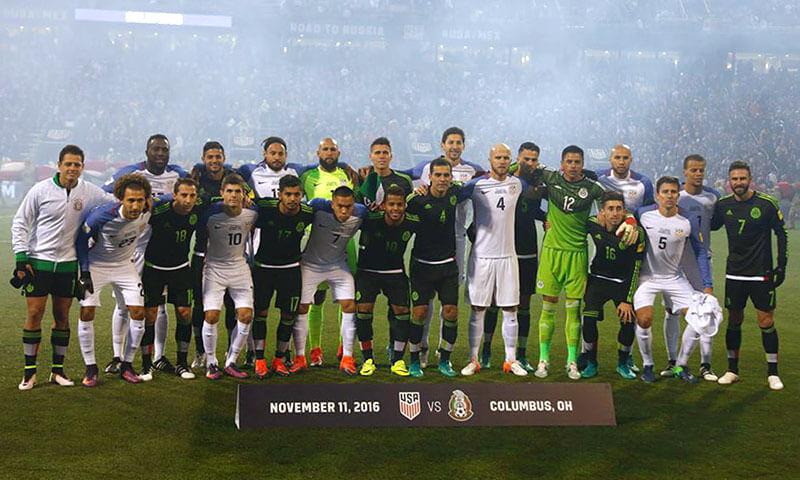 Selección Nacional de México se toma la foto oficial junto a Estados Unidos