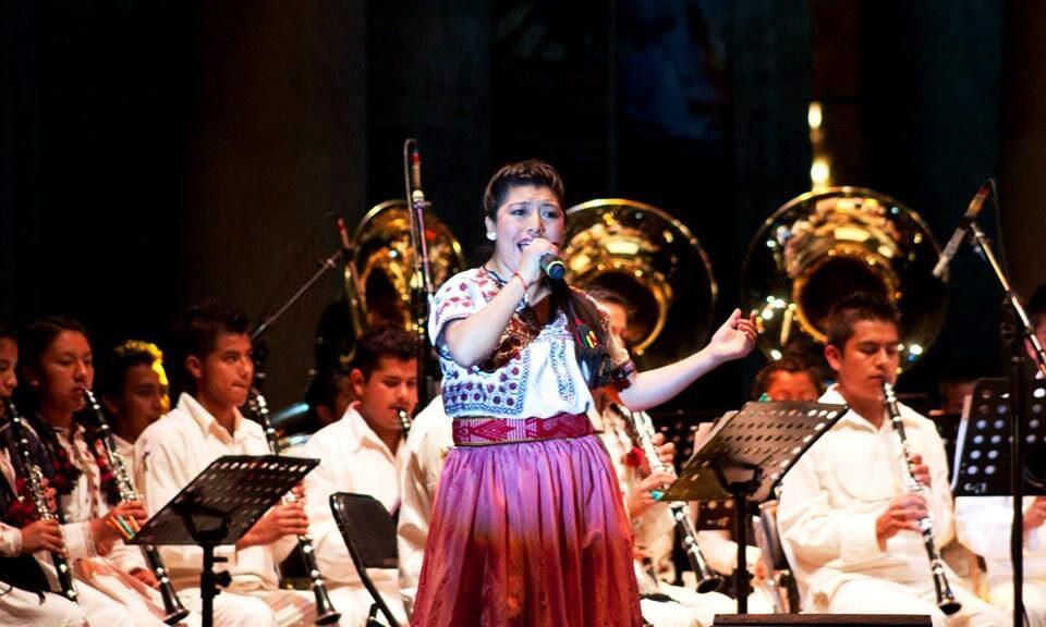 María Reyna González López en concierto