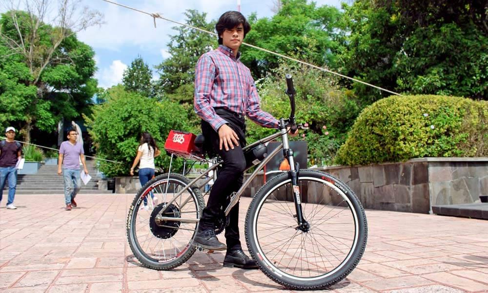 Demostración de la bicicleta eléctrica BiciUAQ