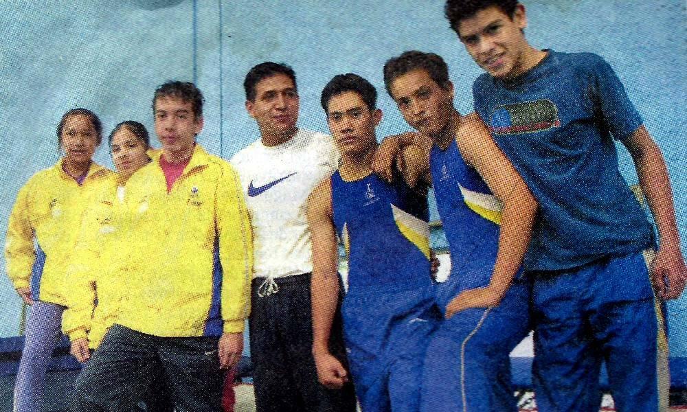 Roberto Carlos Reyes en el equipo de gimnasia del Code Jalisco