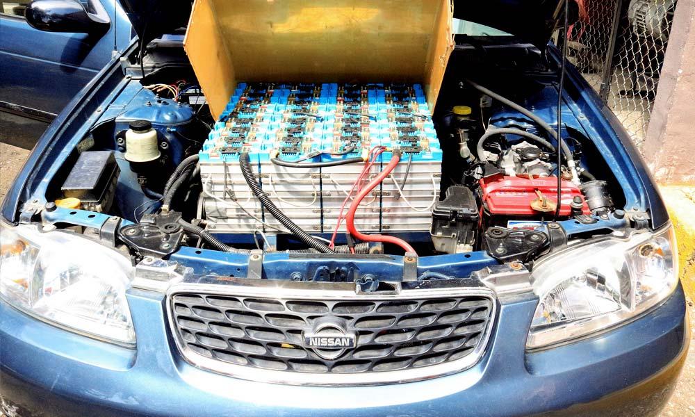 Motor del Sentra 2002 de César Gustavo Gómez Sierra transformado de gasolina a sistema eléctrico