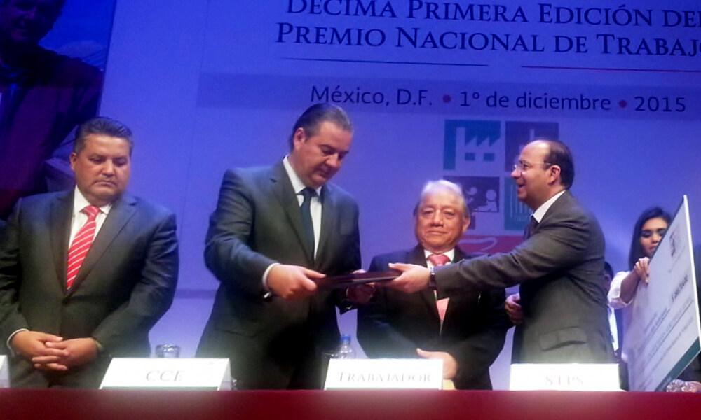 Nopalimex recibe Premio del Trabajo por su ingeniería aplicada en la producción del biogás