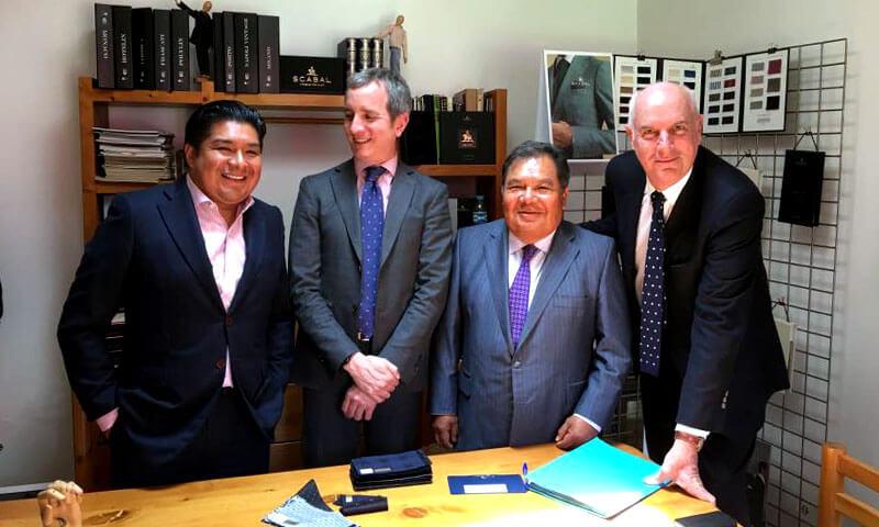 Francis Auboyneau, director de Ventas Scabal y Bruno Gilly, representante de Scabal en México