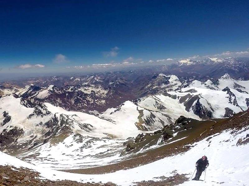 Mariana Torres en el Cerro del Aconcagua, a 6962 msnm