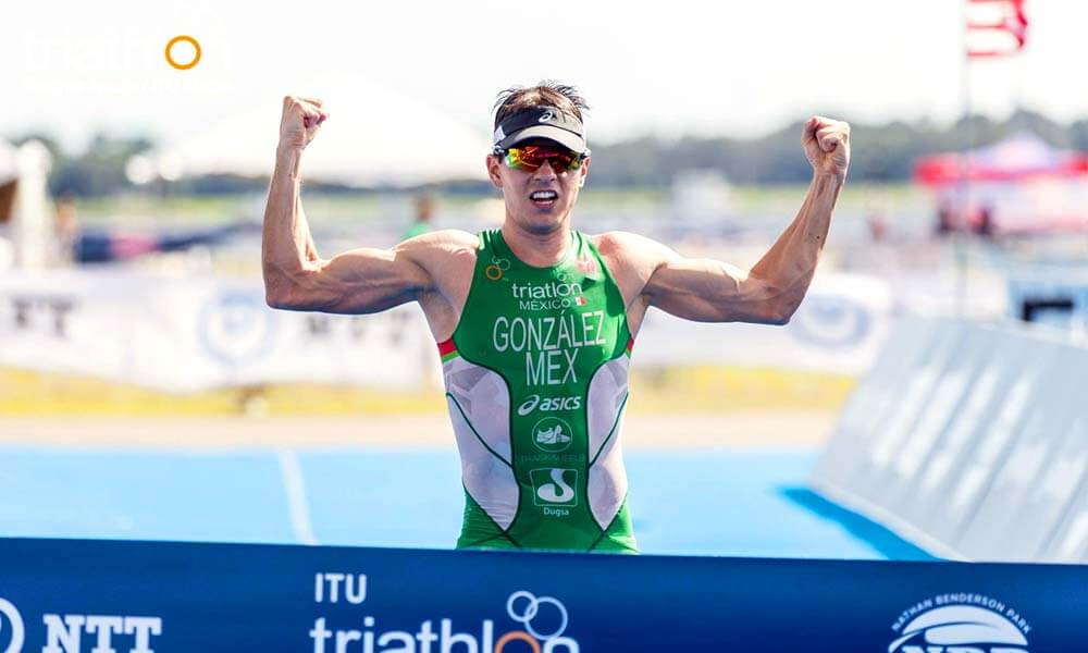 Mexicano Rodrigo González es Campeón Mundial de Triatlón en Sarasota